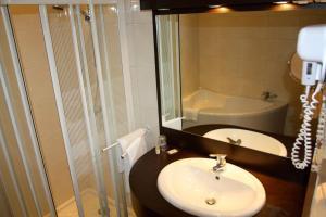 Ségala Plein Ciel, Hotels  Baraqueville - big - 20