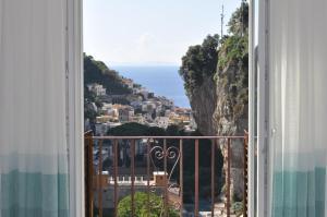 Via Paradiso - AbcAlberghi.com