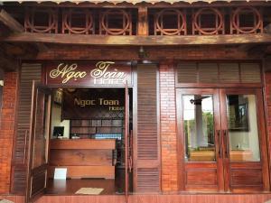 Ngoc Toan Hotel - Xóm Ðé