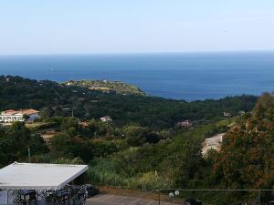 Casa Eli Elba Island - AbcAlberghi.com