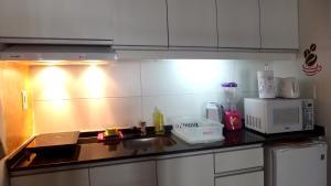 Elegante Apartamento en Century Tower, Apartmanok  Montevideo - big - 35