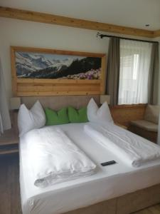 Pension Alpengruß, Guest houses  Tux - big - 7