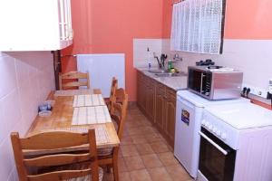 Visegrád Vendégház-Apartman, Apartments  Visegrád - big - 24