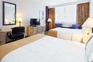 Holiday Inn Monterrey-Parque Fundidora, Hotels  Monterrey - big - 2