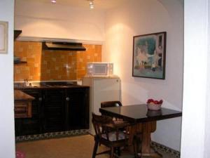 Hotel Suites La Siesta, Отели  Пуэрто-Вальярта - big - 8