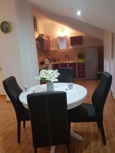 Apartments Maria, Apartments  Ivanica - big - 43