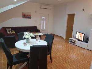 Apartments Maria, Apartments  Ivanica - big - 47