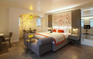 Mountford Suite