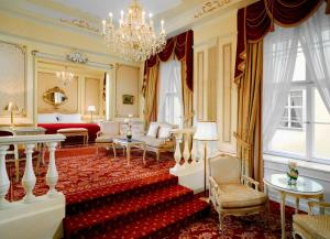 Maria Theresia Suite with Butler Service