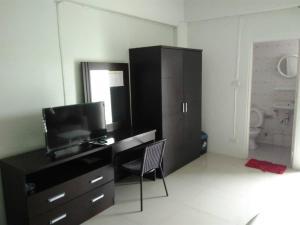 Tisaraporn Resident, Motely  Ban Khlong Song - big - 21