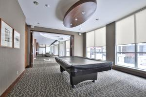 Toronto Luxury Accommodations - QWEST, Apartmány  Toronto - big - 34