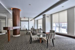 Toronto Luxury Accommodations - QWEST, Apartmány  Toronto - big - 32