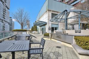 Toronto Luxury Accommodations - QWEST, Apartmány  Toronto - big - 29