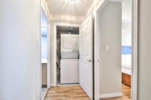 Toronto Luxury Accommodations - QWEST, Apartmány  Toronto - big - 26