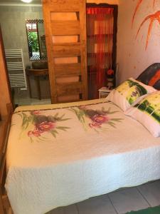 La Caz Oceane, Bed & Breakfasts  Saint-Leu - big - 14