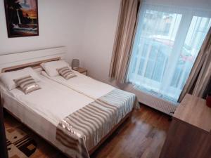 Ambiance Apartment - Swiss Village, Apartmány  Sibiu - big - 21