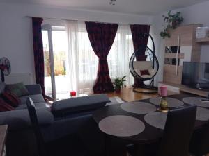 Ambiance Apartment - Swiss Village, Apartmány  Sibiu - big - 14