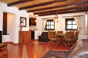 Hilde's Residence, Penzióny  Gura Humorului - big - 13