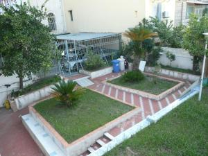 Garden House, Bed and breakfasts  Ercolano - big - 21