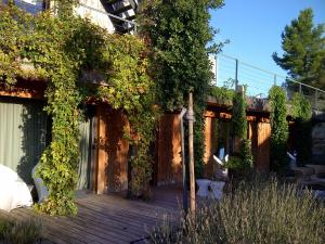 B&B Dochavert, Bed and breakfasts  Carcassonne - big - 36