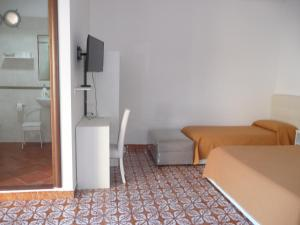 Garden House, Bed and breakfasts  Ercolano - big - 5