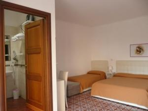 Garden House, Bed and breakfasts  Ercolano - big - 2
