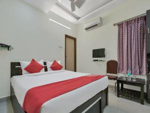 OYO 12181 Hotel Gravity, Отели  Хайдарабад - big - 7