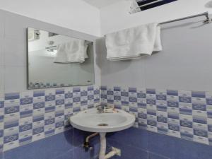 OYO 12181 Hotel Gravity, Hotels  Hyderabad - big - 29