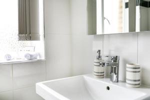 Luxurious 4 Bedroom Apartment