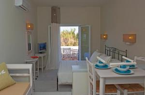 Ammos Naxos Exclusive Apartments & Studios, Апарт-отели  Наксос - big - 70