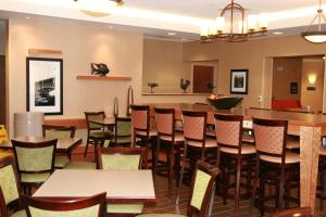 Hampton Inn Waterville, Hotely  Waterville - big - 20