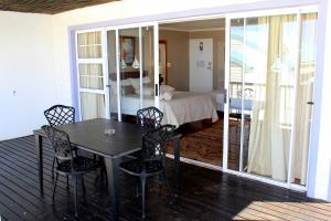 1 Point Village Guesthouse & Holiday Cottages, Apartmanok  Mossel Bay - big - 74