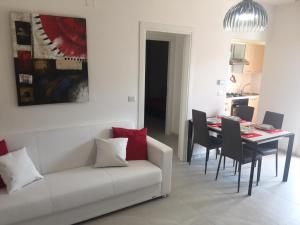 Nuovo appartamento a 100mt dal mare - AbcAlberghi.com
