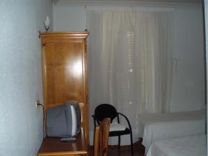Hostal Castilla, Vendégházak  Madrid - big - 8