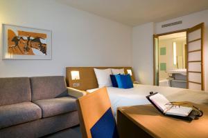 Chambre Double Classique avec Canapé-Lit (3 Adultes)