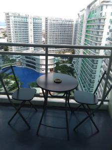 Azure Urban Resort Tinoyshome, Apartmanok  Manila - big - 20