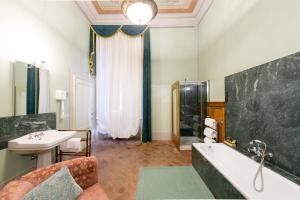 Loggiato Dei Serviti, Hotels  Florence - big - 37