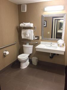 Best Western Plus Portland Airport Hotel & Suites, Hotels  Parkrose - big - 5