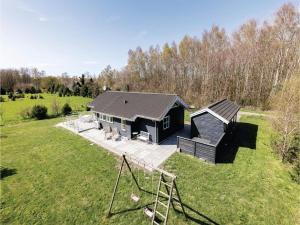 Holiday home Åbrinken Aakirkeby IV, Dovolenkové domy  Vester Sømarken - big - 8