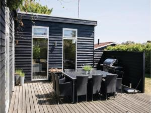 Four-Bedroom Holiday Home in Juelsminde, Holiday homes  Sønderby - big - 11