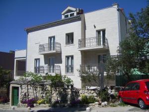 Apartments Villa More