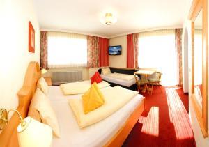 Ski in Ski out Hotel Unterellmau, Hotely  Saalbach Hinterglemm - big - 37
