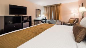 Best Western Plus Portland Airport Hotel & Suites, Hotels  Parkrose - big - 2