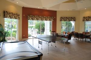 Stunning Condo, Apartments  Kissimmee - big - 13