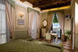 Hotel Ristorante Leon D'Oro (14 of 35)