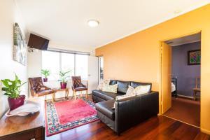 Eleanor - Beyond a Room Private Apartments, Апартаменты  Мельбурн - big - 10
