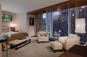 Fairmont Gold City View room with King Bed