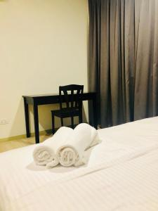 Lusso Suite Island Plaza, Apartmány  George Town - big - 14