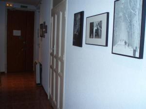 Hostal Castilla, Guest houses  Madrid - big - 14