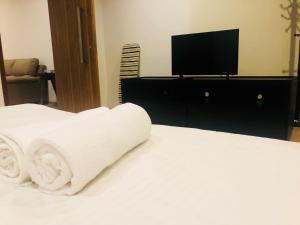 Lusso Suite Island Plaza, Apartmány  George Town - big - 135